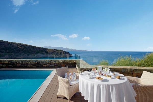 Havuz Daios Cove Greece