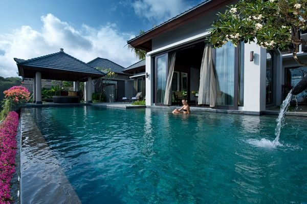 Havuz Opulent-pool-at-Banyan-Tree-Ungasan-BaliHavuz Opulent-pool-at-Banyan-Tree-Ungasan-Bali
