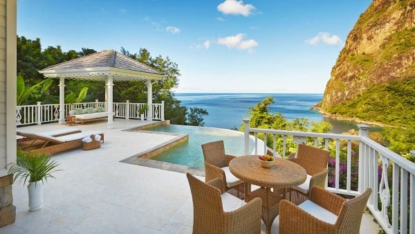 Havuz Sugar Beach – A Viceroy Resort St Lucia