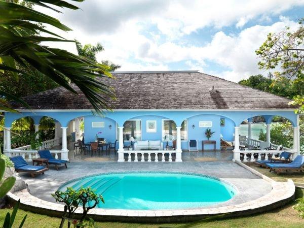 Havuz Jamaica Inn