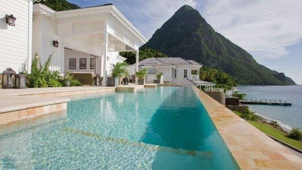 Havuz Sugar Beach – A Viceroy Resort St Lucia